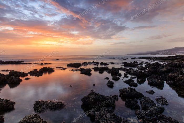 Sonnenuntergang über dem Meer. Teneriffa