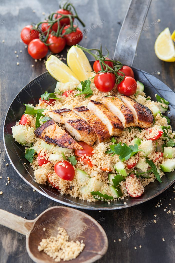 Couscous with tomato