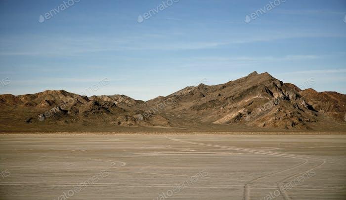 53790,Salt flats and dry mountains, Bonnaville Salt Flats, Utah, United States