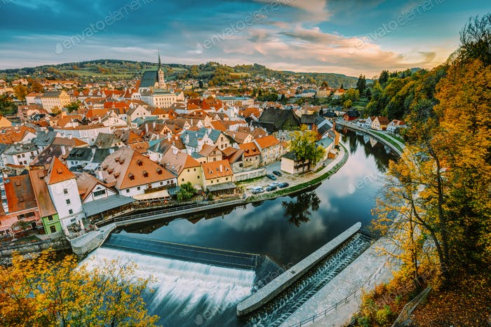 Cityscape Of Cesky Krumlov, Czech Republic. Autumn Evening At Su
