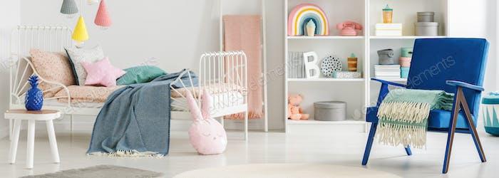 Header eines skandinavischen Schlafzimmer Interieur für ein Kind mit niedlichen