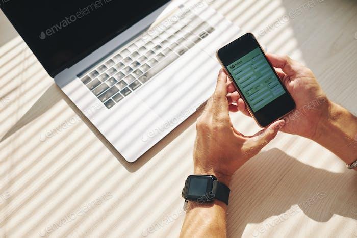 Banco en línea por teléfono