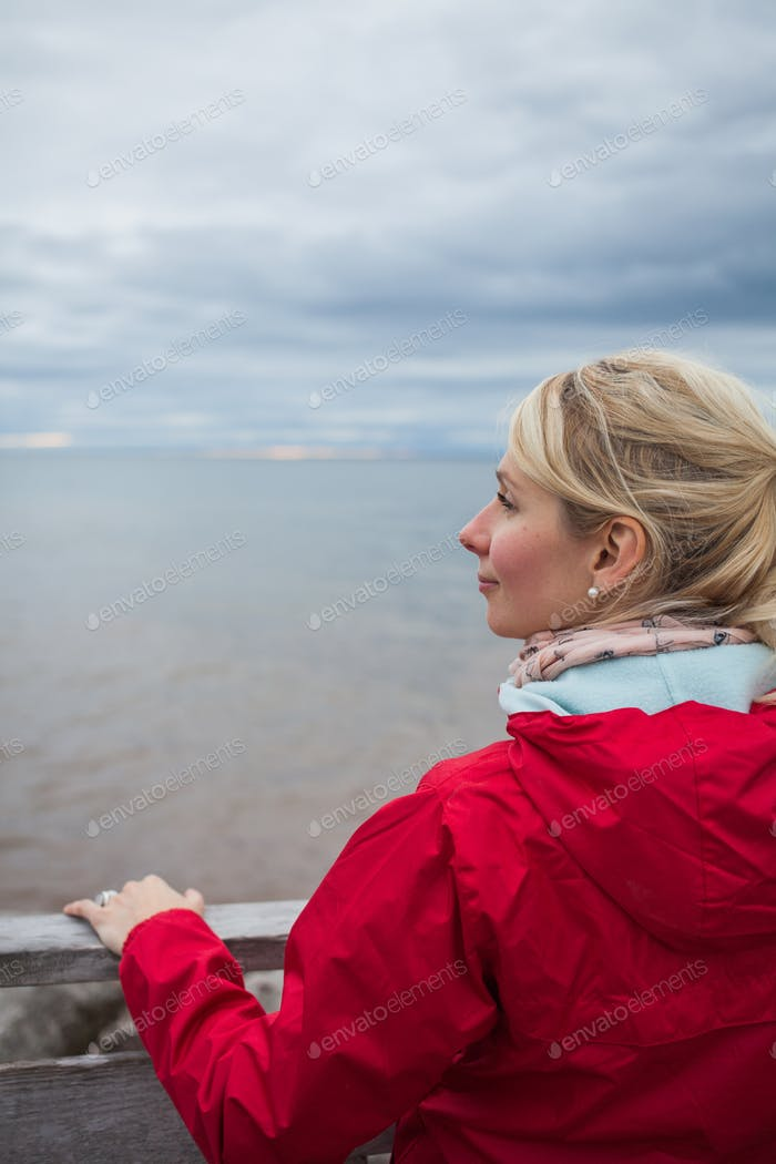 Looking at the Ocean on a cold Autumn Cloudy Day