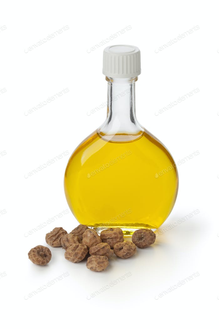 Bottle Chufa oil and nuts