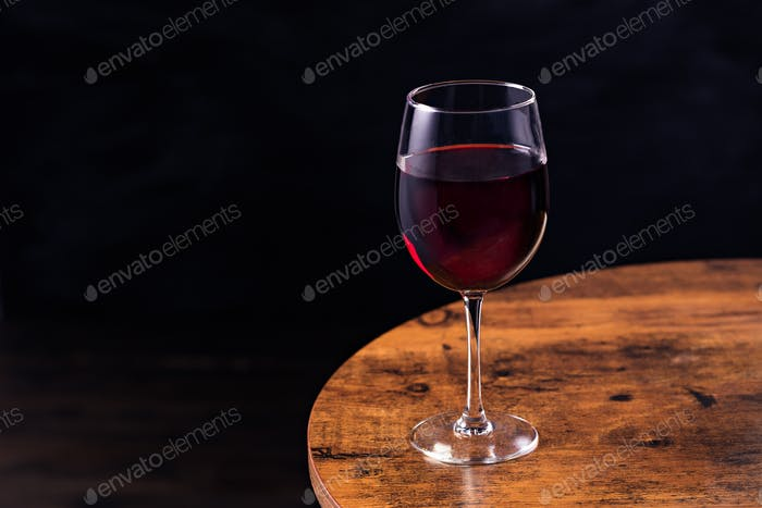 Refreshing Red Wine Glass