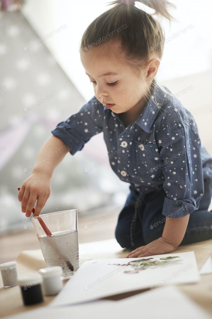 Painting is her huge hobby!