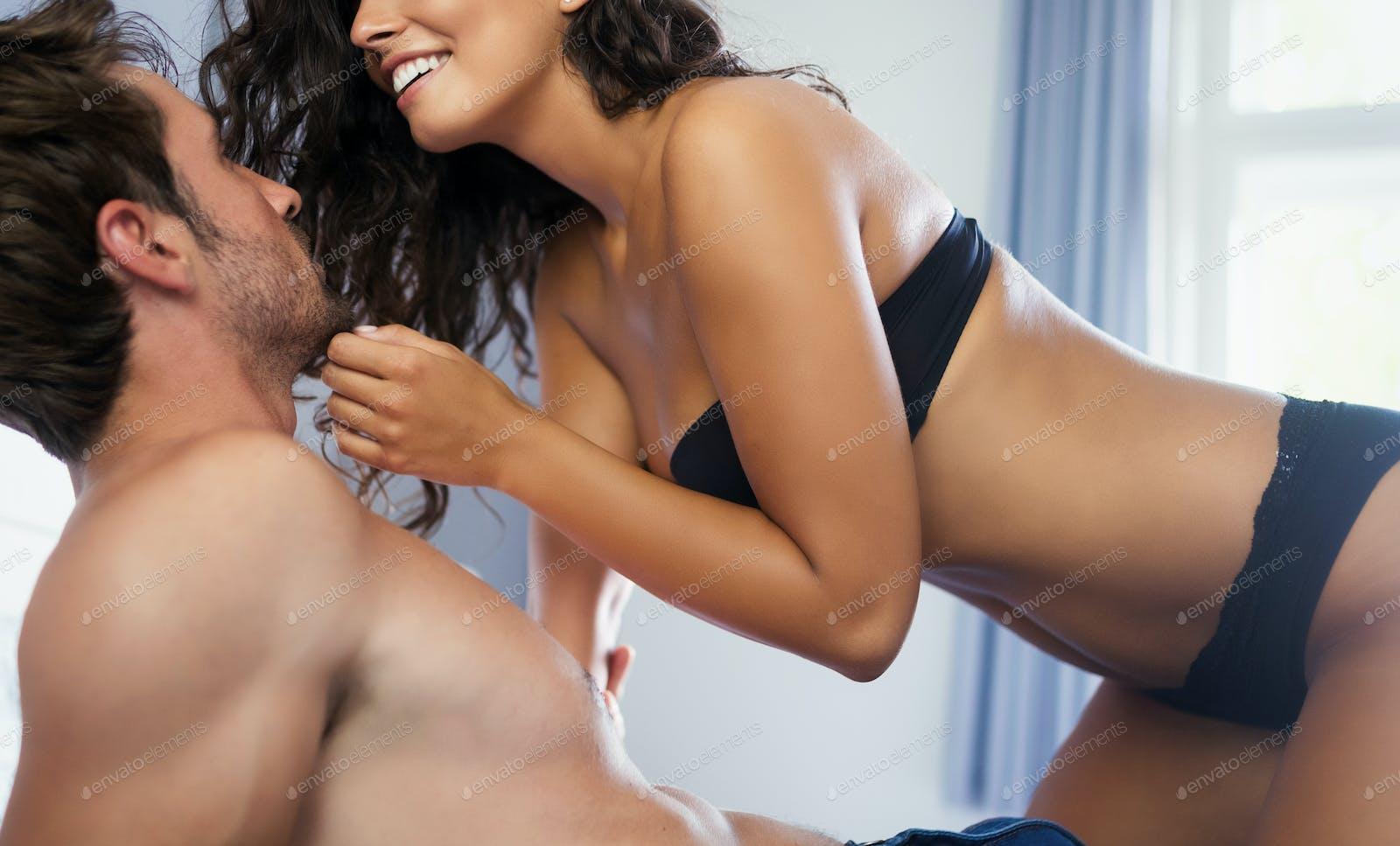 Kissing hot women A Very