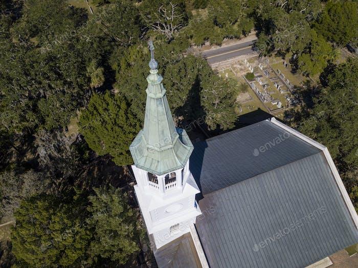 Luftaufnahme von Kirche und Turm in Beaufort, South Carolina