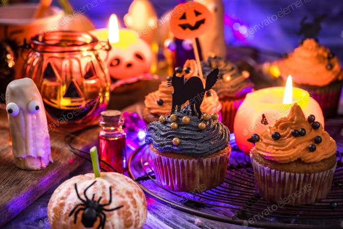 Spooky creative food for kids Halloween party