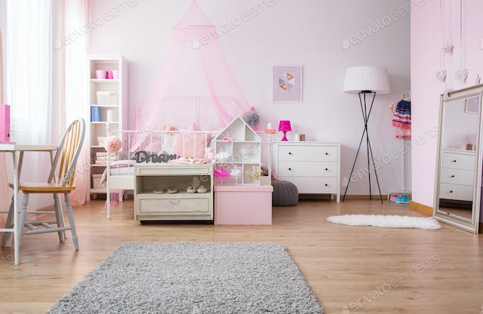 Spacious girl bedroom in pink