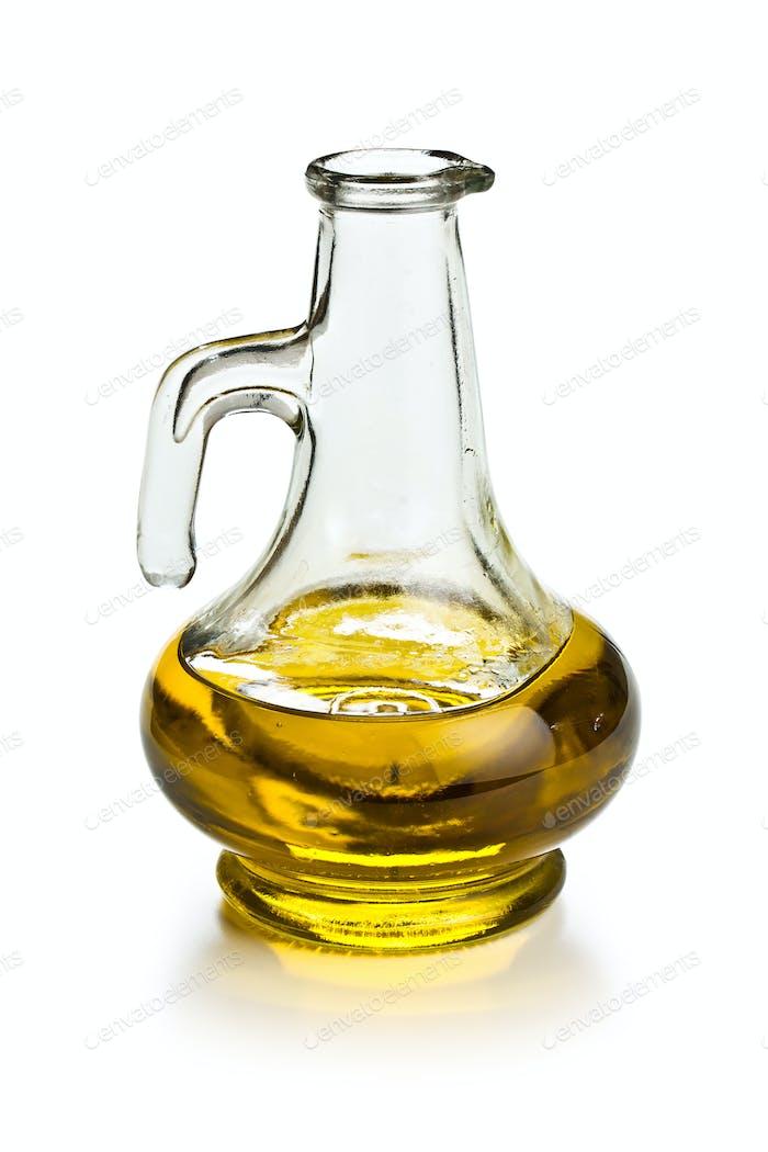 Dekanter mit Olivenöl