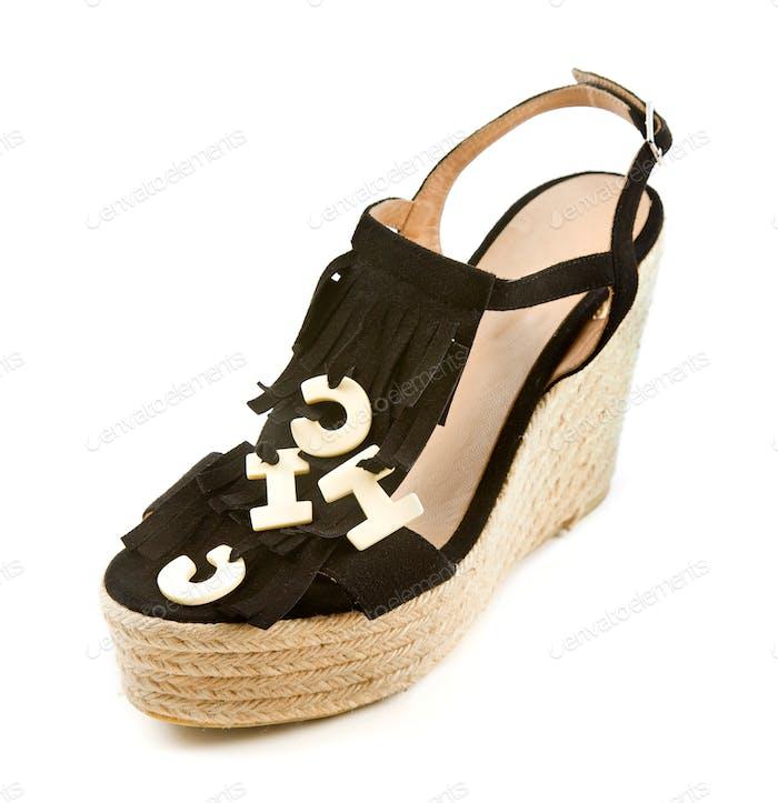 Flip-Flop-Sandalen aus Raffia mit Fransen mit dem Wort CHIC