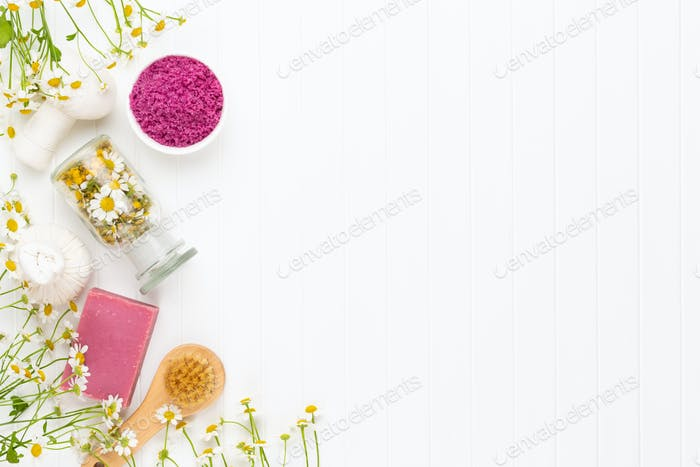 Composition aromatherapy with natural cosmetics.