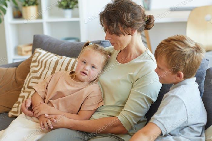 Mutter mit besonderen Bedürfnissen Kind