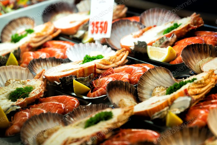 close up on seafood platter with price tag
