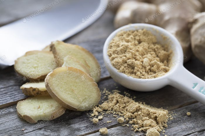 Ginger Slices and Powder