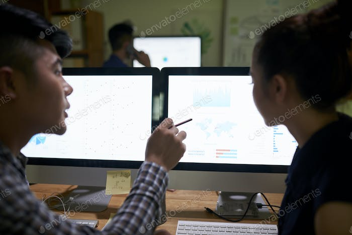 Business people discussing current work