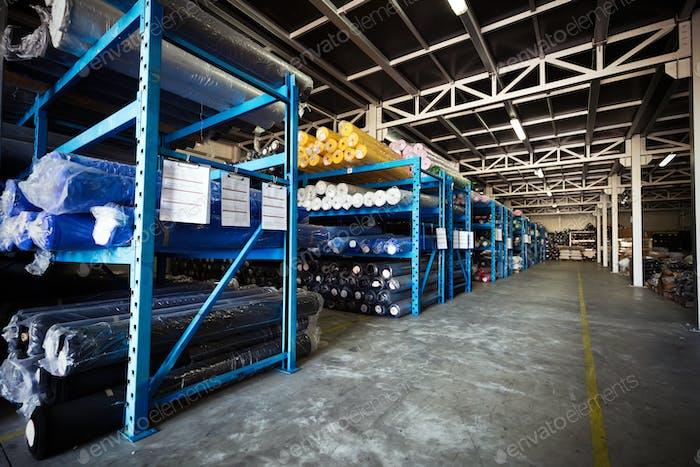 Almacén textil para almacenar materiales