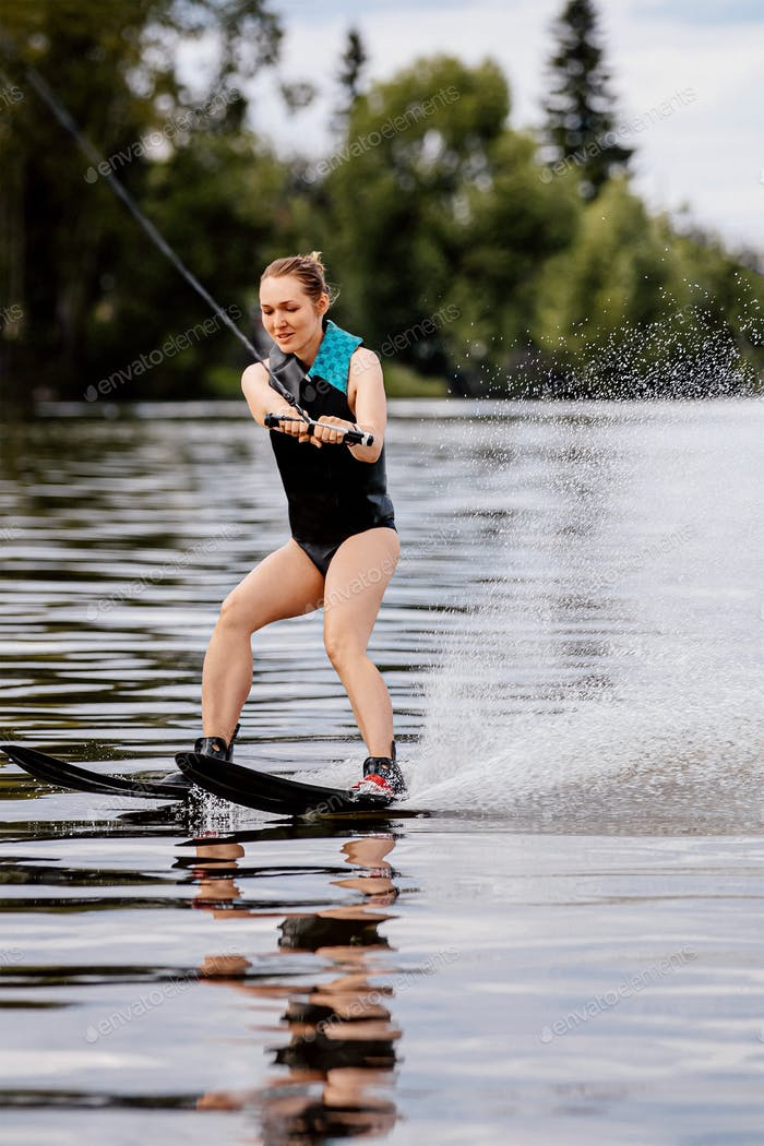 girl on water skiing