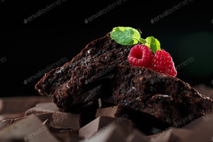 Chocolate brownies with raspberry