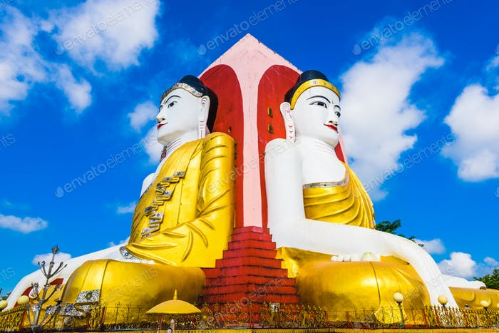 Vier Buddhas Statue