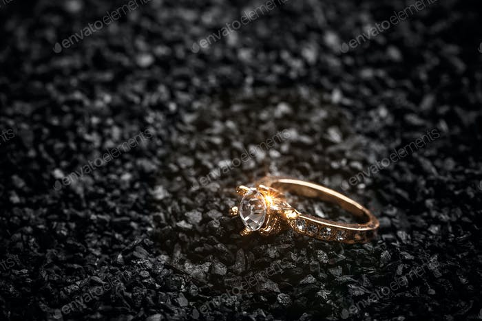 Ring with a polished crystal