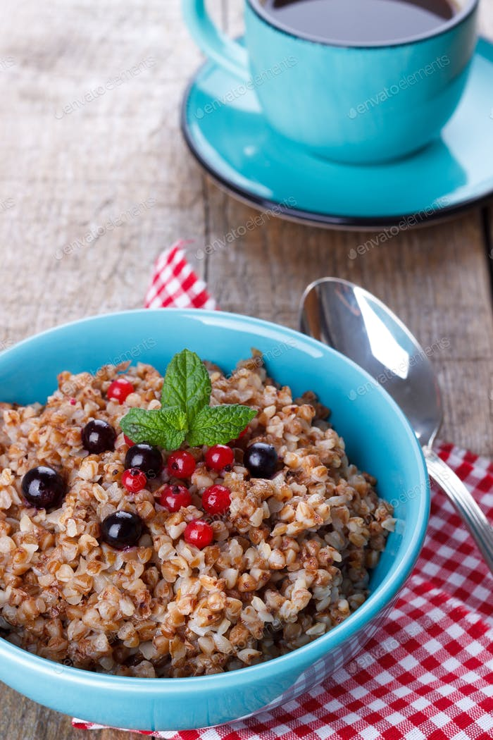 Buckwheat porridge with blueberries