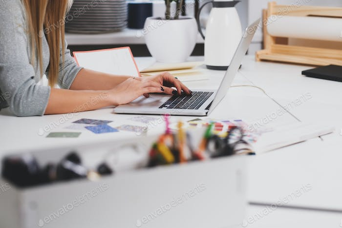 Thumbnail for Woman with manicure is typing on laptop