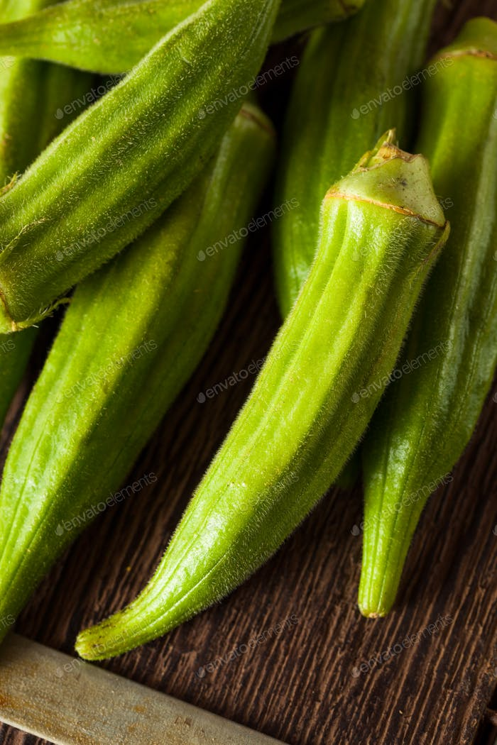 Fresh Green Organic Okra