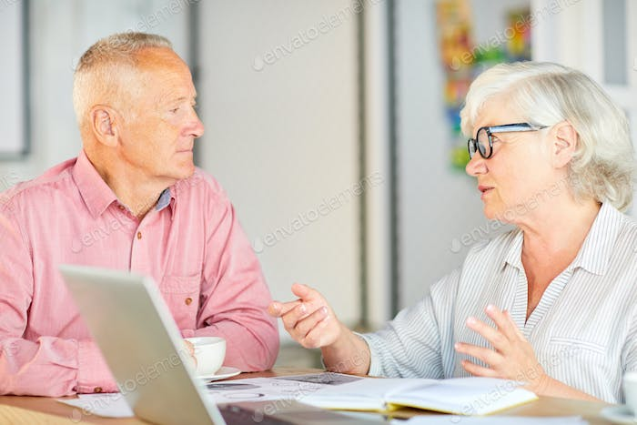 Discussing financial questions