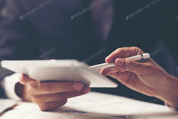 Konsultation von Geschäftsleuten. Für geschäftlichen Erfolg