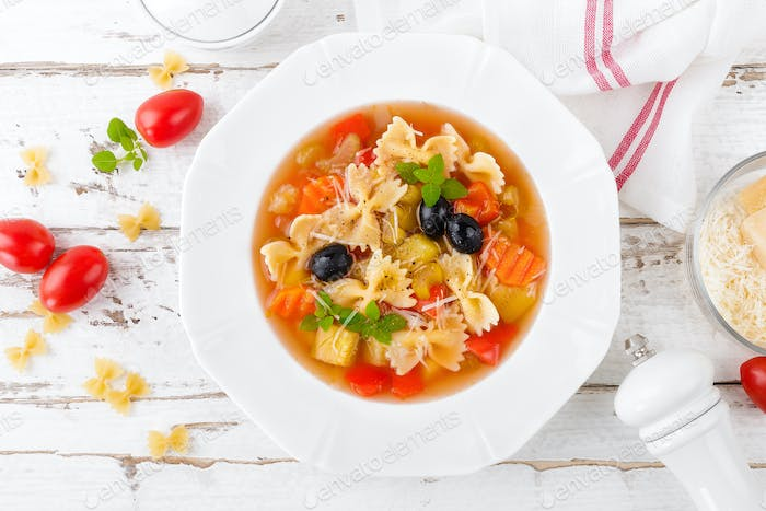 Minestrone, vegetarian vegetable soup with pasta