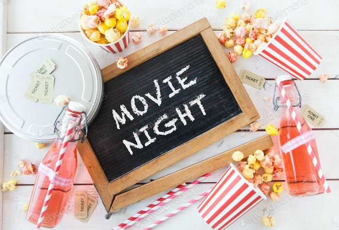 Filmabend mit Popcorn