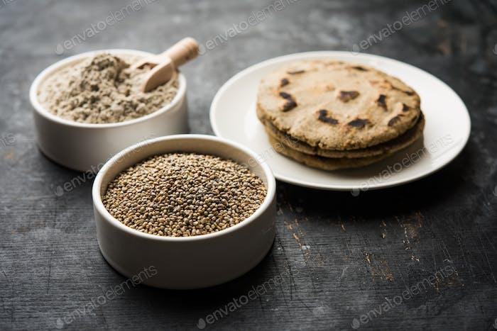 Indische Bajra Roti, auch bekannt als Perlenhirse Fladenbrot