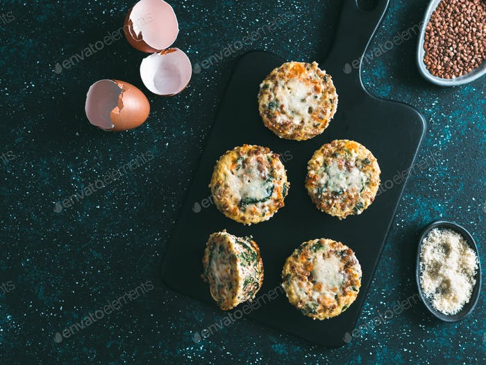 Buckwheat casserole with spinach, carrots, parmesan