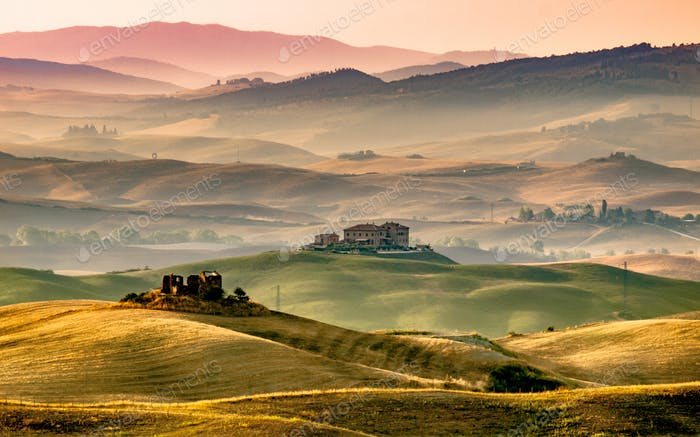 Tuscany Farmland with Villas and Villages