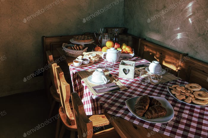 Rural farmhouse with breakfast