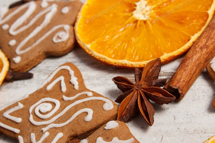 Fresh baked decorated gingerbread with spices, christmas time