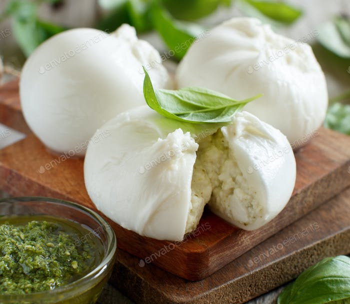 Italian mozzarella cheese stuffed with ricotta and persto