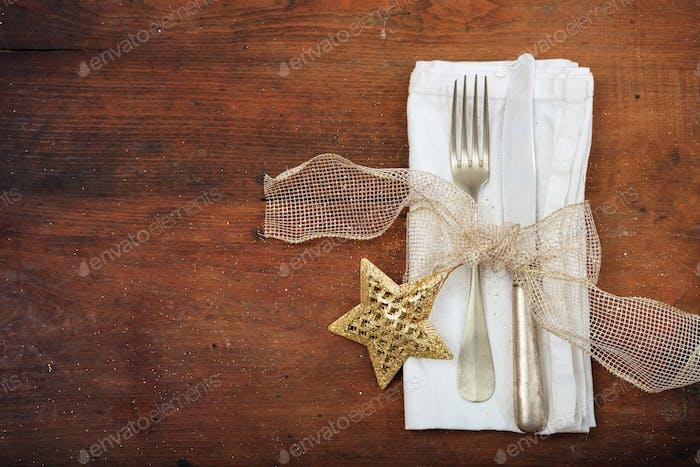 Decoración de mesa de Navidad sobre Fondo de De madera