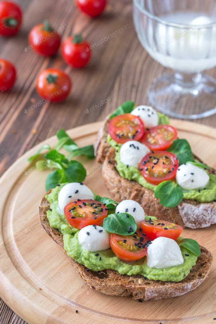 Sandwiches mit Avocado
