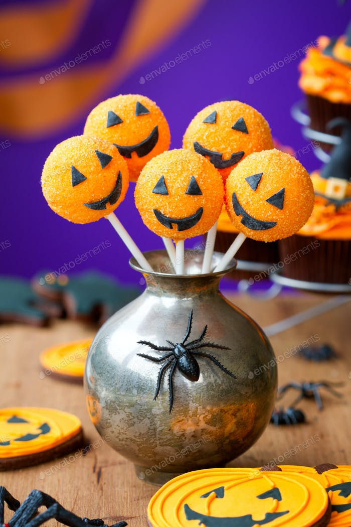 Halloween-Kuchen-Pops