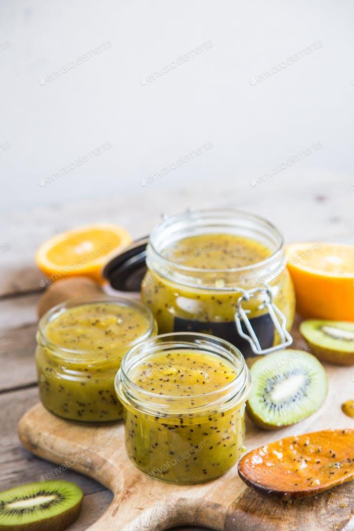 homemade kiwi jam