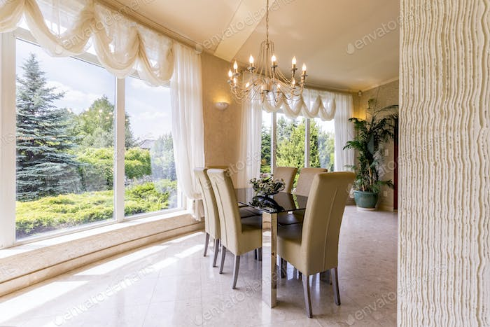Spacious dining room with table