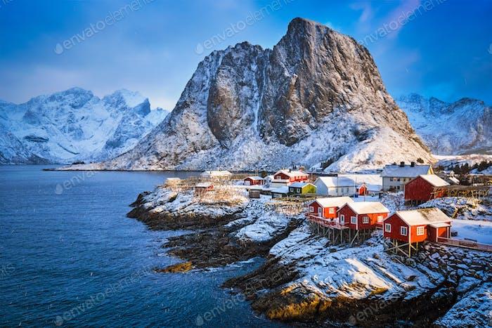 Hamnoy Fischerdorf auf den Lofoten Inseln, Norwegen