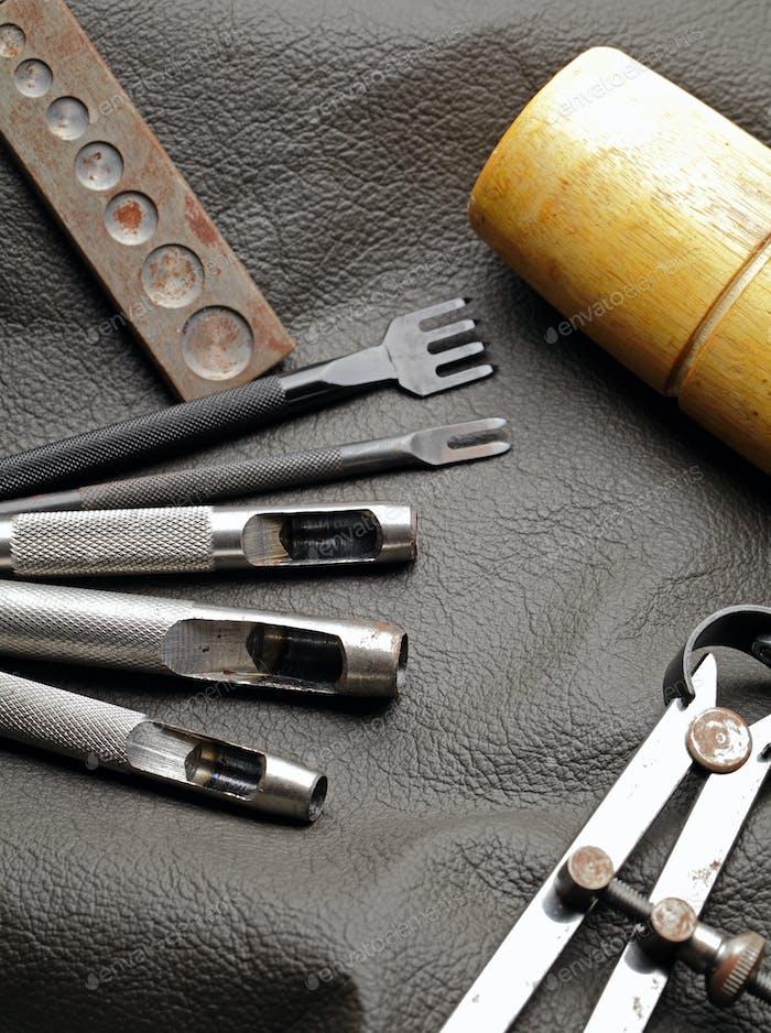 Ausrüstung für Lederhandwerk