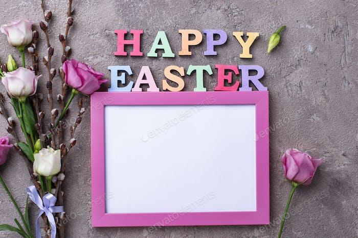 Frohe Ostern Text aus bunten Buchstaben