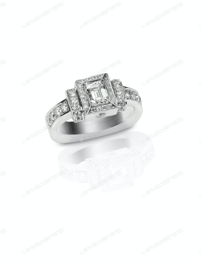 Beautiful diamond wedding bridal engagment band ring emerald cut