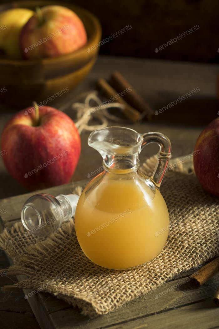 Vinagre de sidra de manzana cruda orgánica