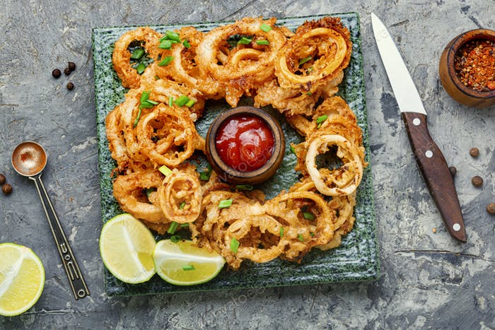 Crispy fried squid rings
